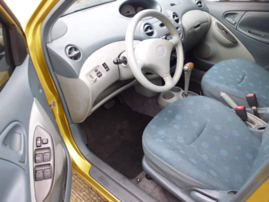 2001 Toyota Echo - Interior Front View