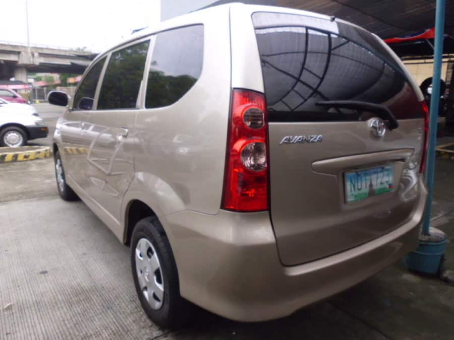 2010 Toyota Avanza - Rear View
