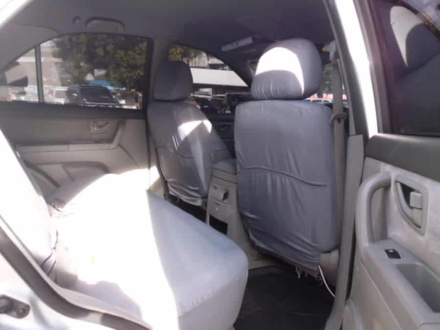 2006 Kia Sorento - Interior Rear View