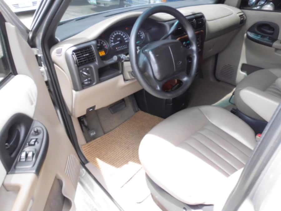 2004 Chevrolet Venture - Interior Front View