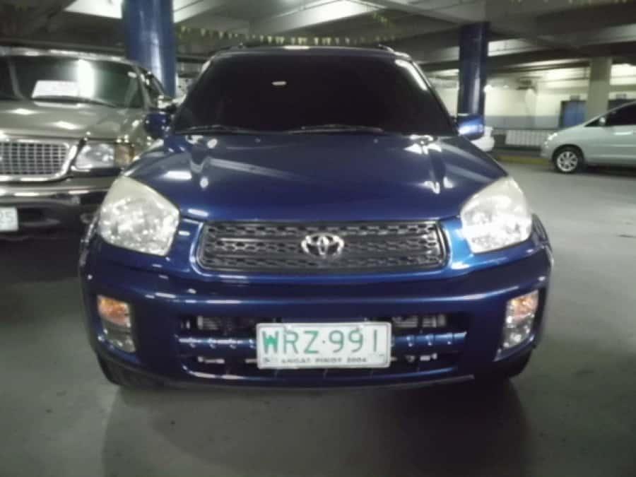2001 Toyota RAV4 - Front View