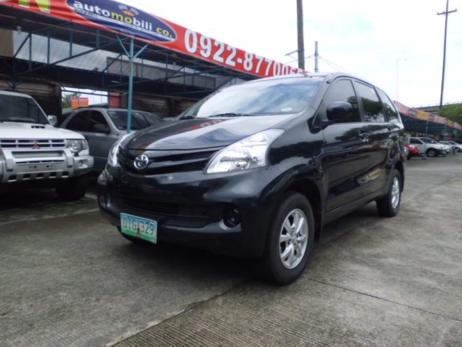 2012 Toyota Avanza - Front View