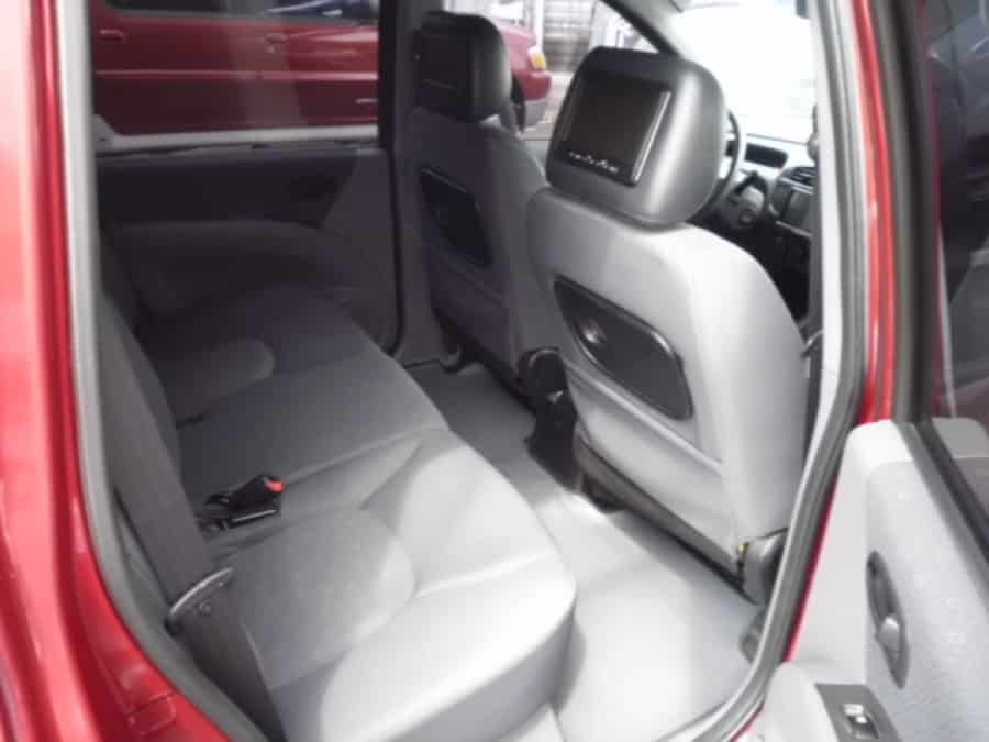 2005 Hyundai Matrix - Interior Rear View