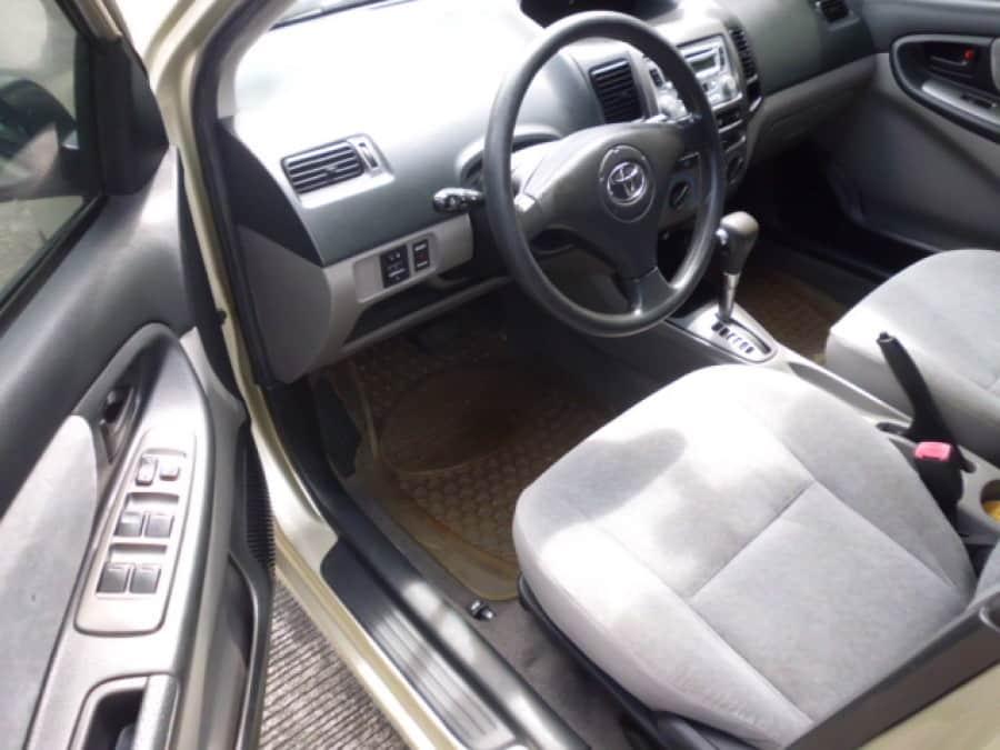 2004 Toyota Vios - Interior Front View