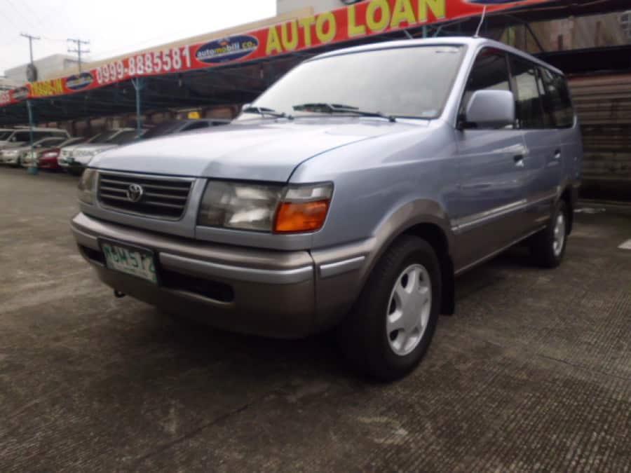1999 Toyota Revo - Front View
