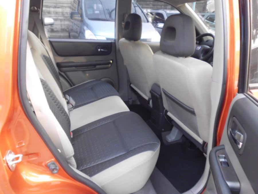 2006 Nissan X-Trail - Interior Rear View