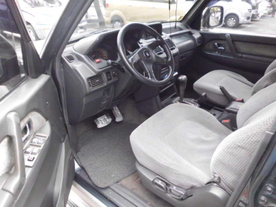 2002 Mitsubishi Pajero - Interior Front View