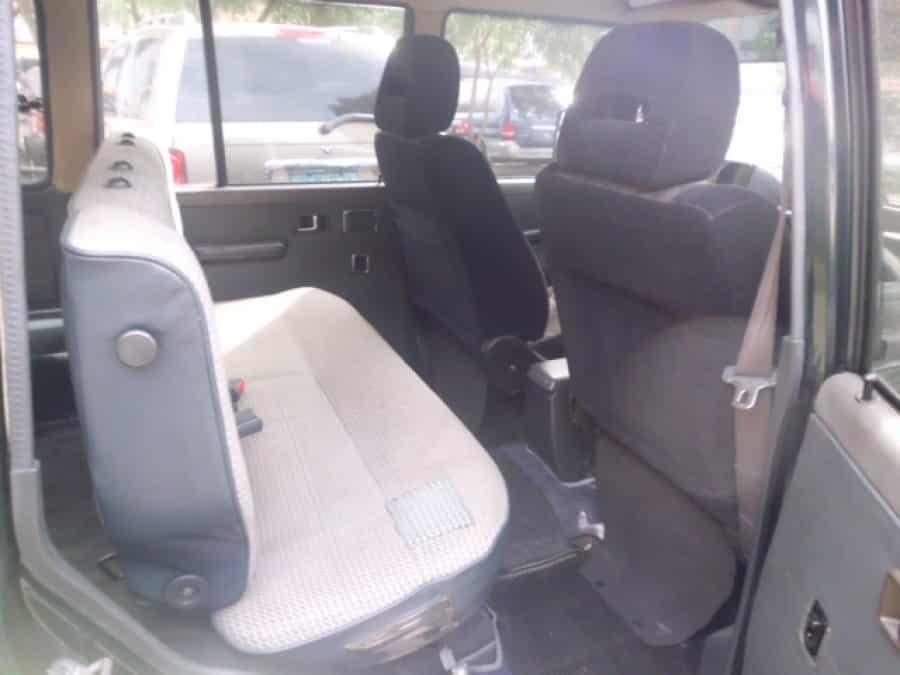 1989 Mitsubishi Pajero - Interior Rear View