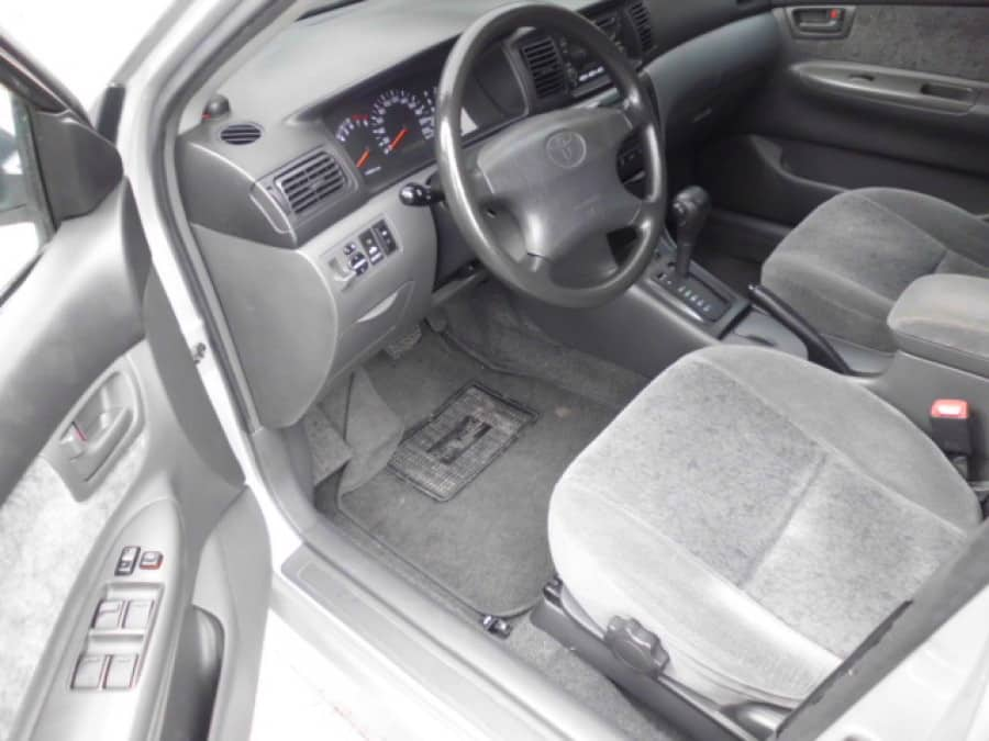 2004 Toyota Altis - Interior Front View