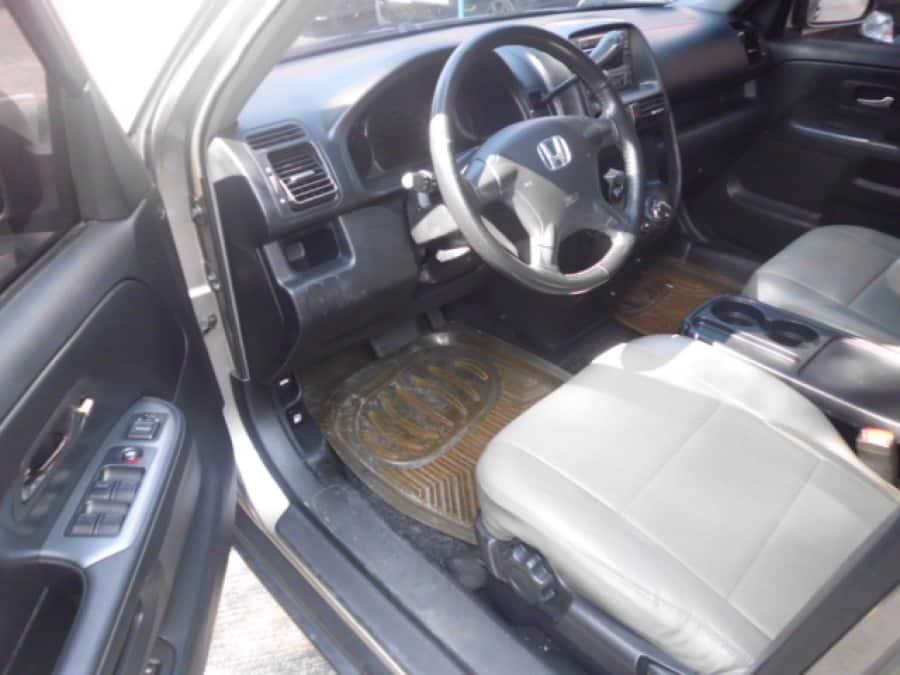 2005 Honda CR-V - Interior Front View