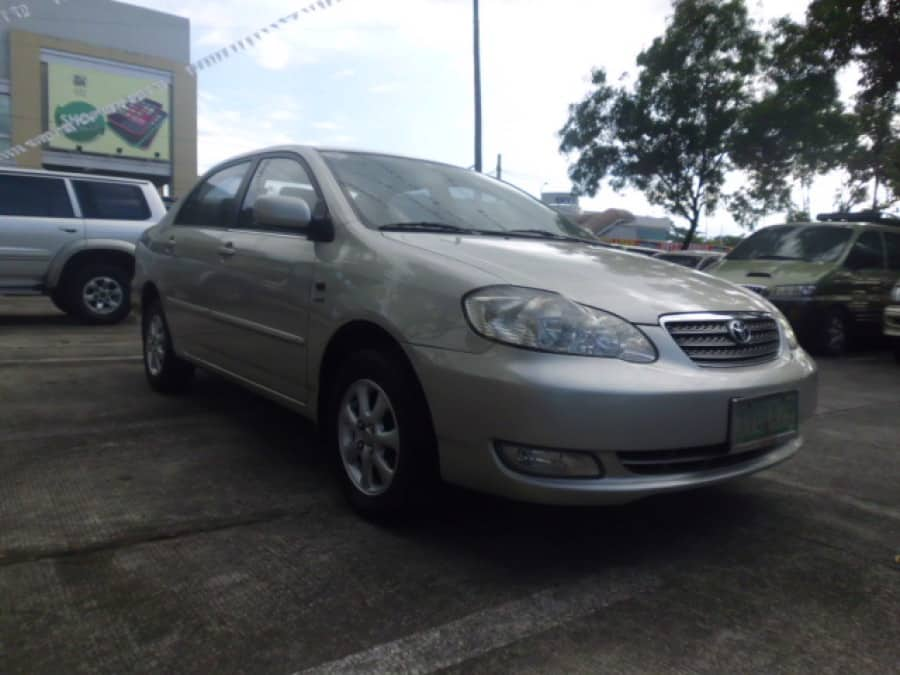 2005 Toyota Altis - Front View