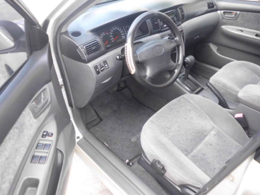 2005 Toyota Altis - Interior Front View