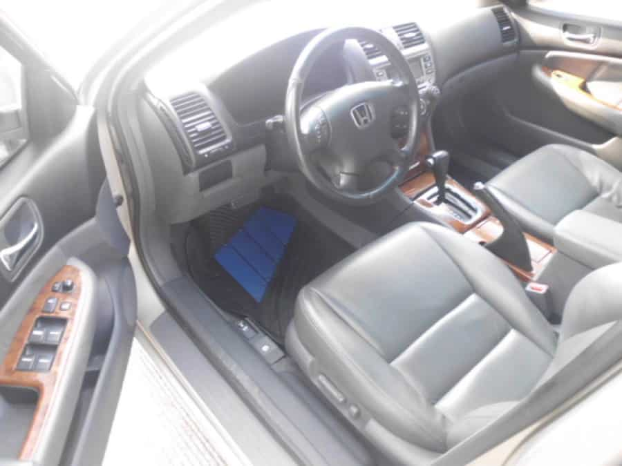2006 Honda Accord - Interior Front View