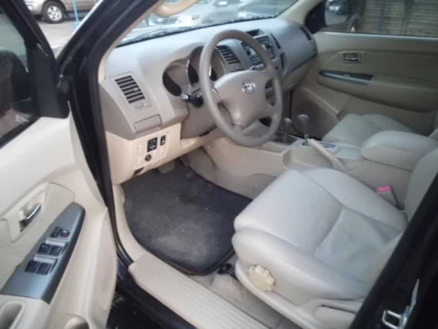 2008 Toyota Fortuner - Interior Front View