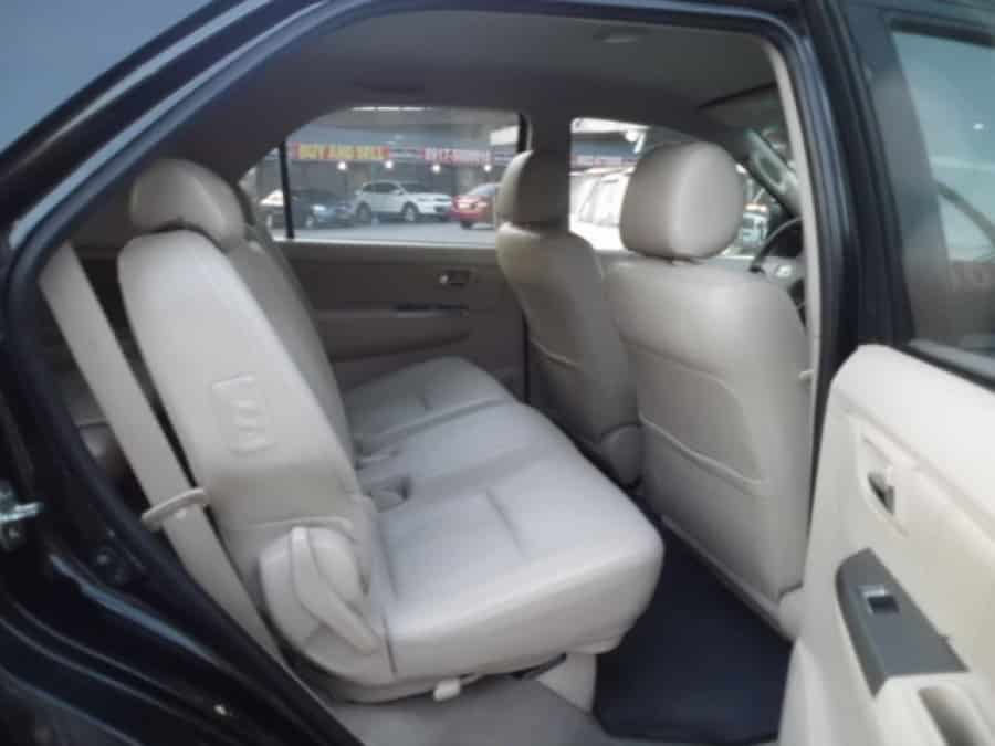2008 Toyota Fortuner - Interior Rear View
