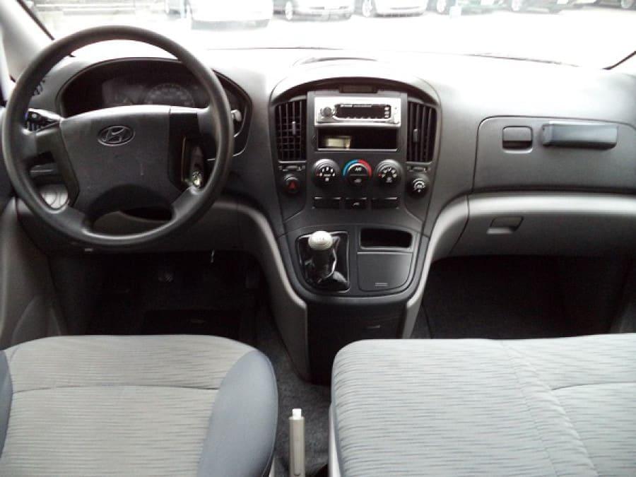 2011 Hyundai Starex - Interior Front View