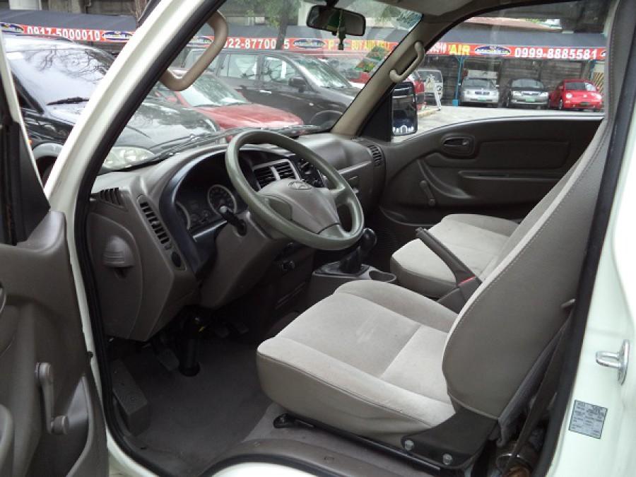 2010 Hyundai H 100 - Interior Front View