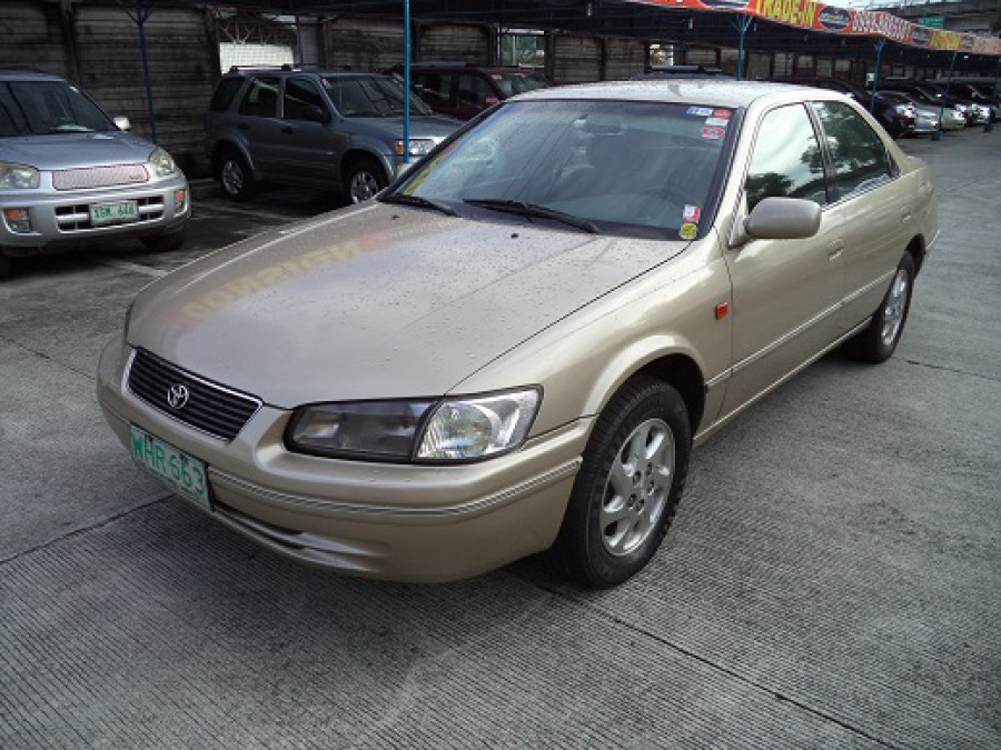 1999 Toyota Camry - Front View