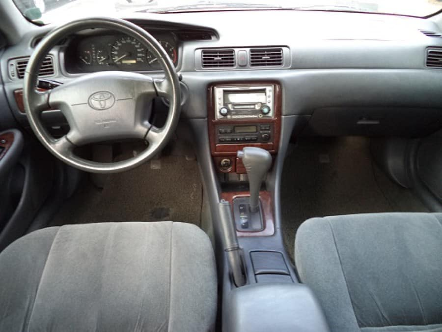 1999 Toyota Camry - Interior Front View