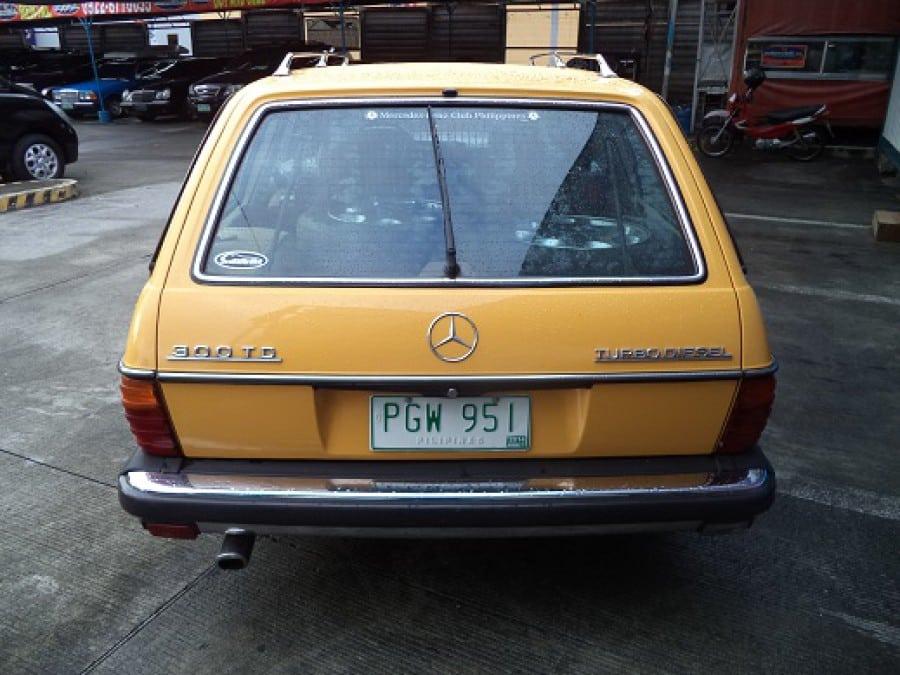1978 Mercedes-Benz 300TD - Rear View