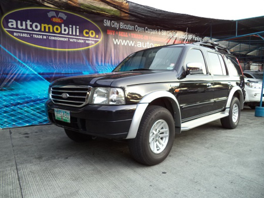 2006 Ford Everest - Front View