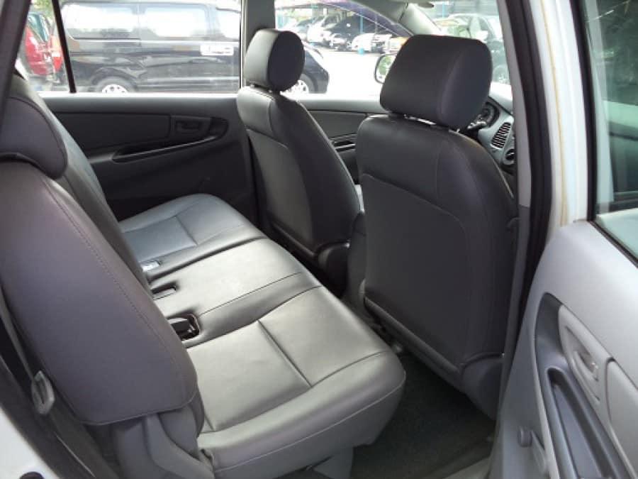2010 Toyota Innova J - Interior Rear View