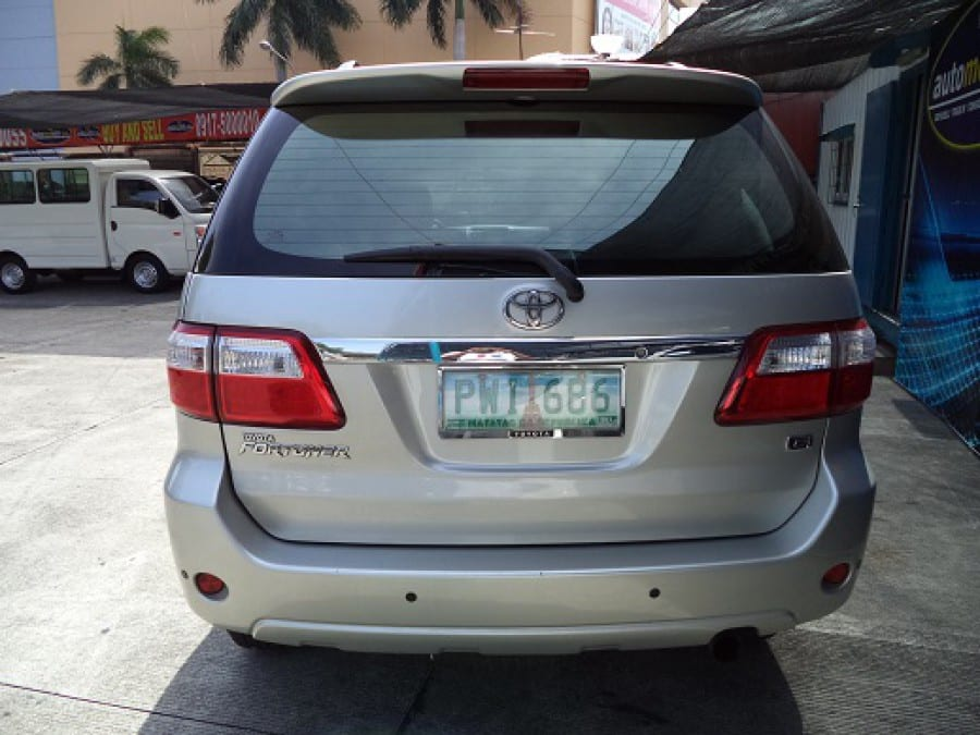 2010 Toyota Fortuner - Rear View