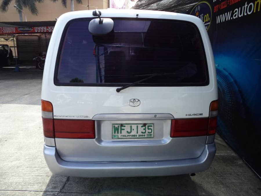 1999 Toyota HiAce - Rear View