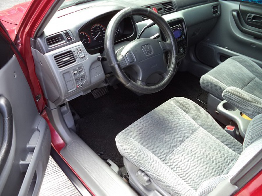 1999 Honda CR-V - Interior Front View