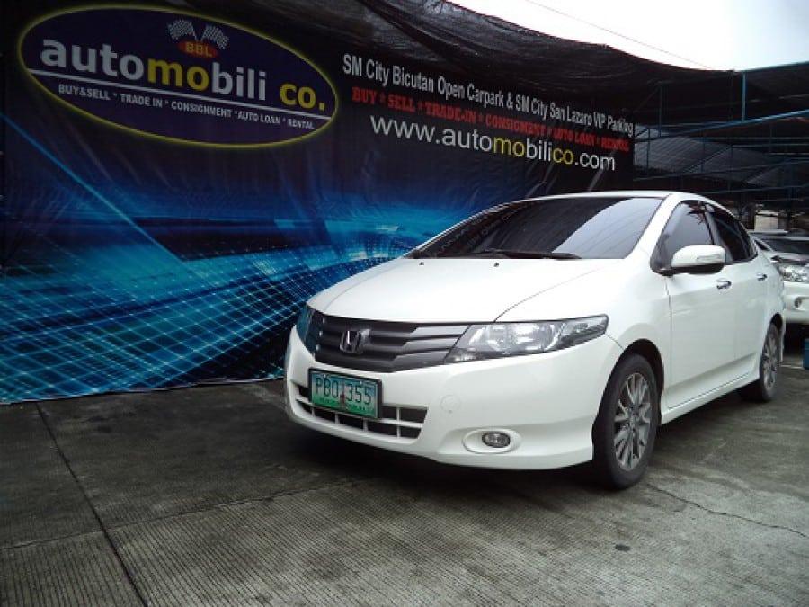 2010 Honda City E - Front View