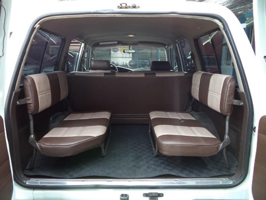 1992 Toyota Land Cruiser - Interior Rear View