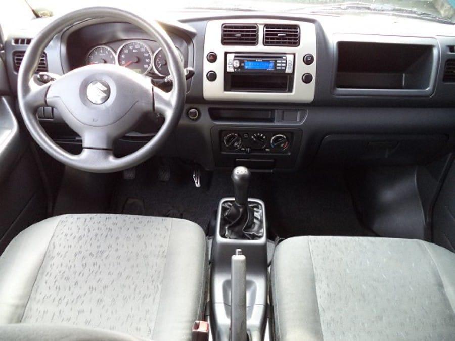 2006 Suzuki APV - Interior Front View
