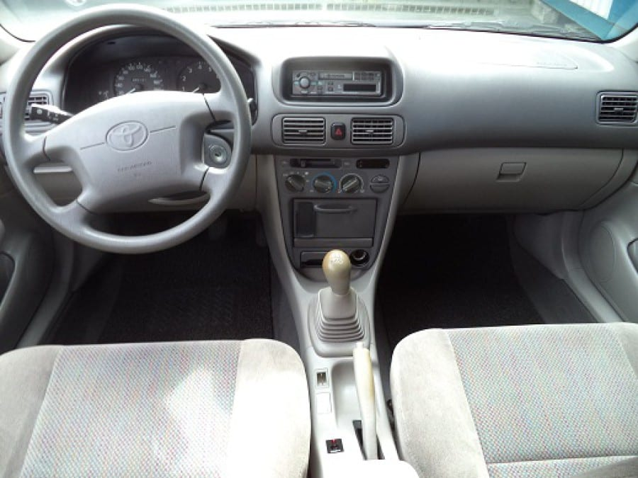2000 Toyota Corolla - Interior Front View
