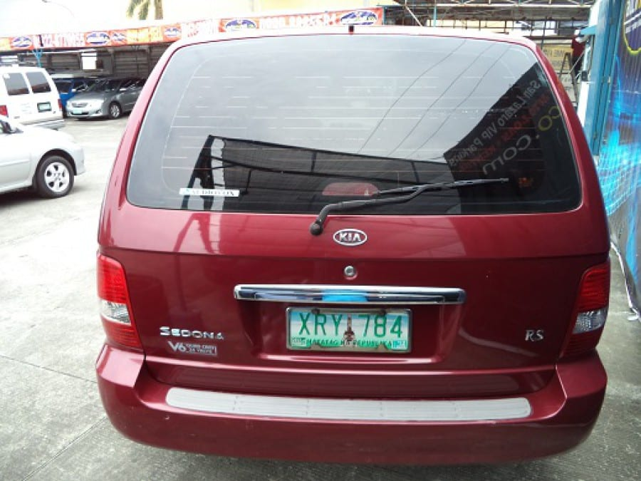 2004 Kia Sedona - Rear View