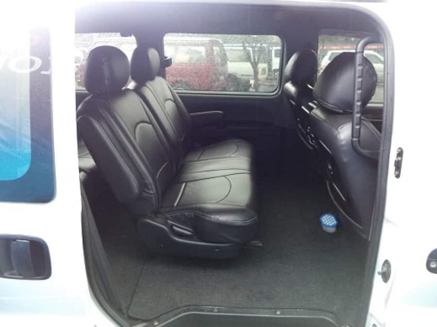 2007 Hyundai Starex - Interior Rear View