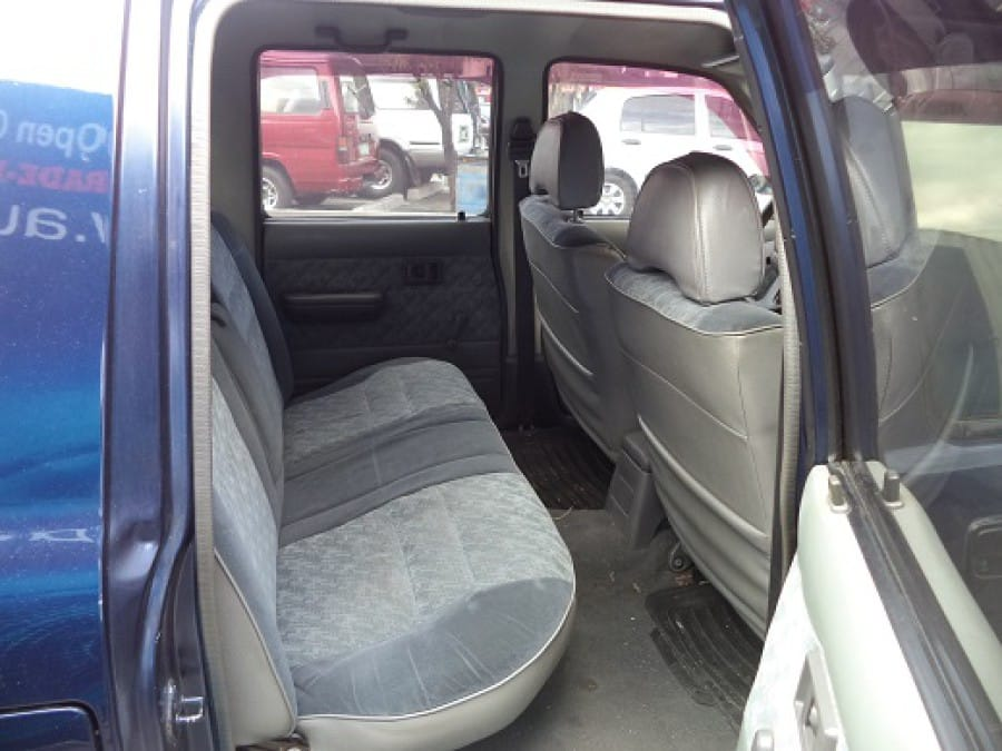 1997 Toyota HiLux - Interior Rear View