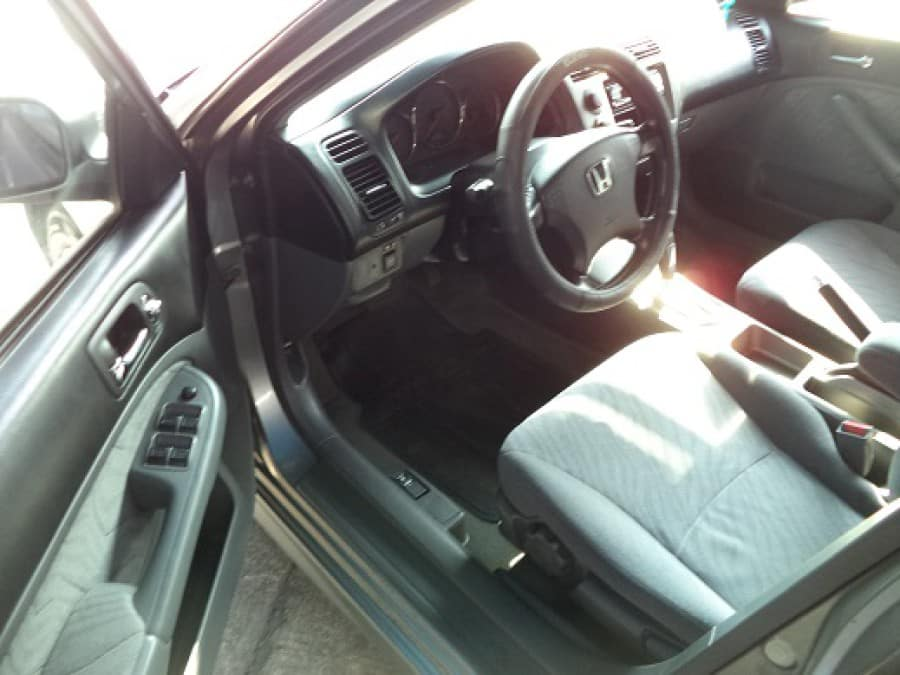 2004 Honda Civic - Interior Front View