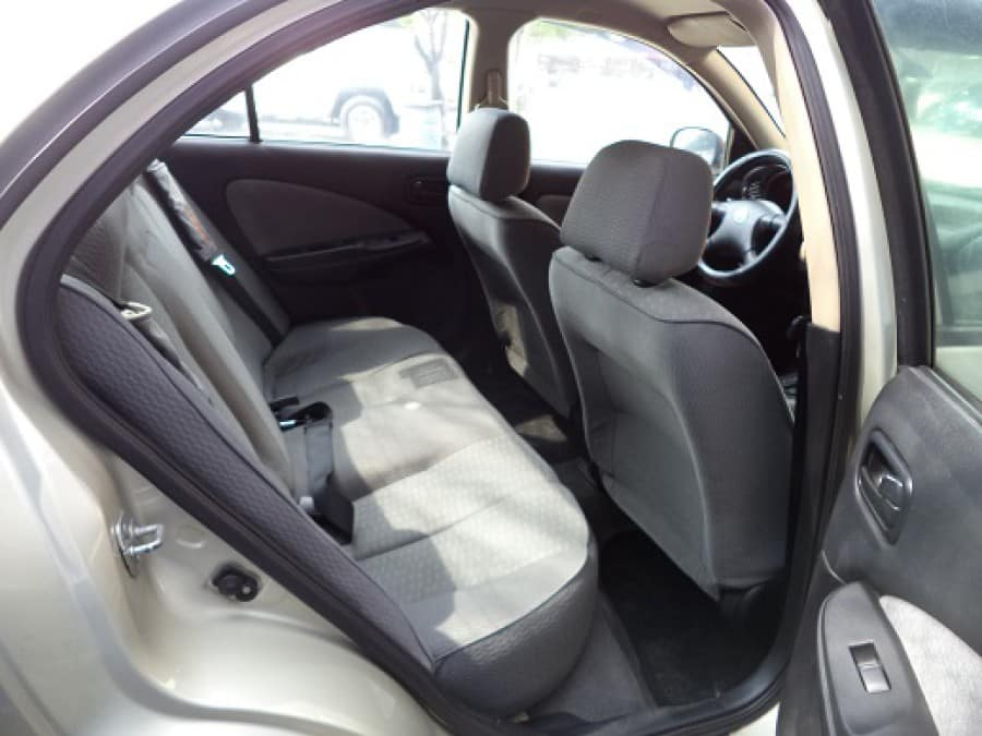 2008 Nissan Sentra - Interior Rear View