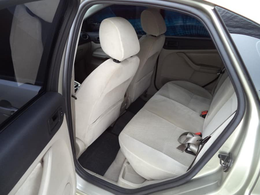 2006 Ford Focus - Interior Rear View