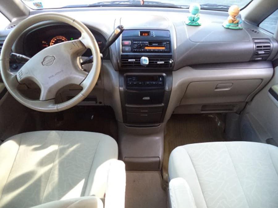 2003 Nissan Serena - Interior Front View