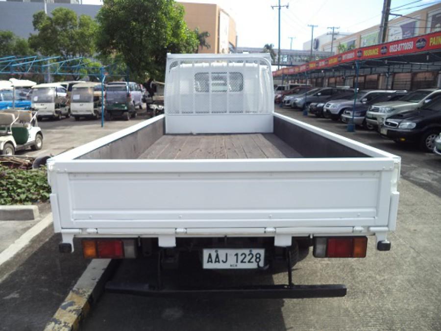 2014 Isuzu Pickup - Rear View