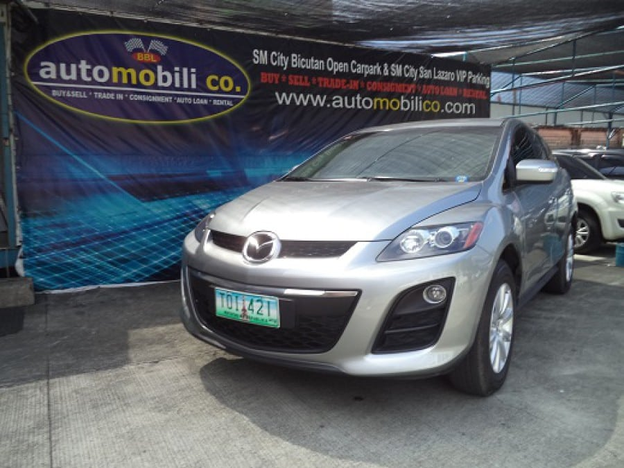 2011 Mazda CX-7 - Front View