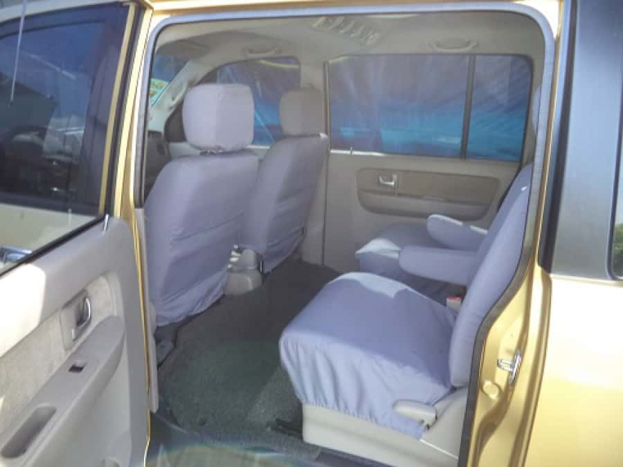 2009 Suzuki APV - Interior Rear View