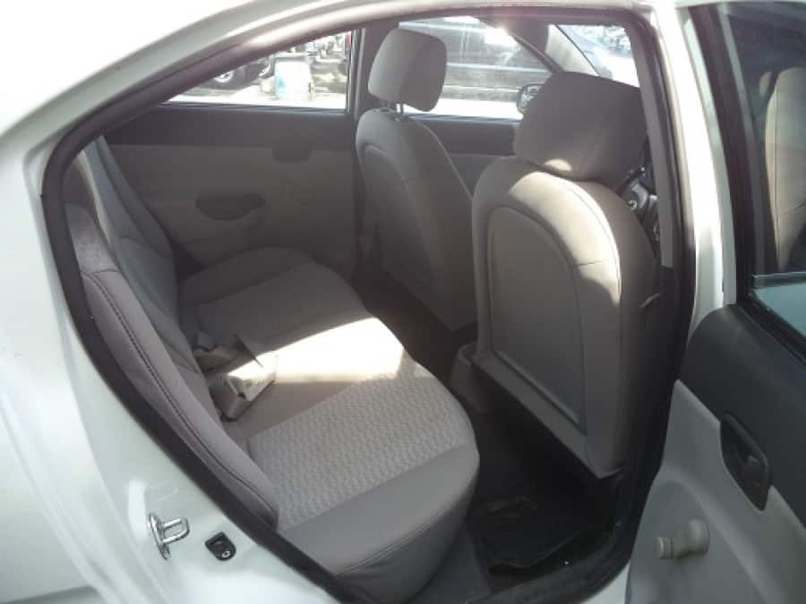 2010 Hyundai Accent - Interior Rear View