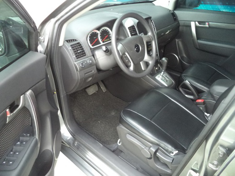2008 Chevrolet Captiva - Interior Front View