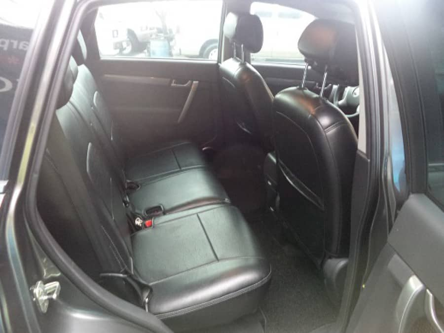 2008 Chevrolet Captiva - Interior Rear View