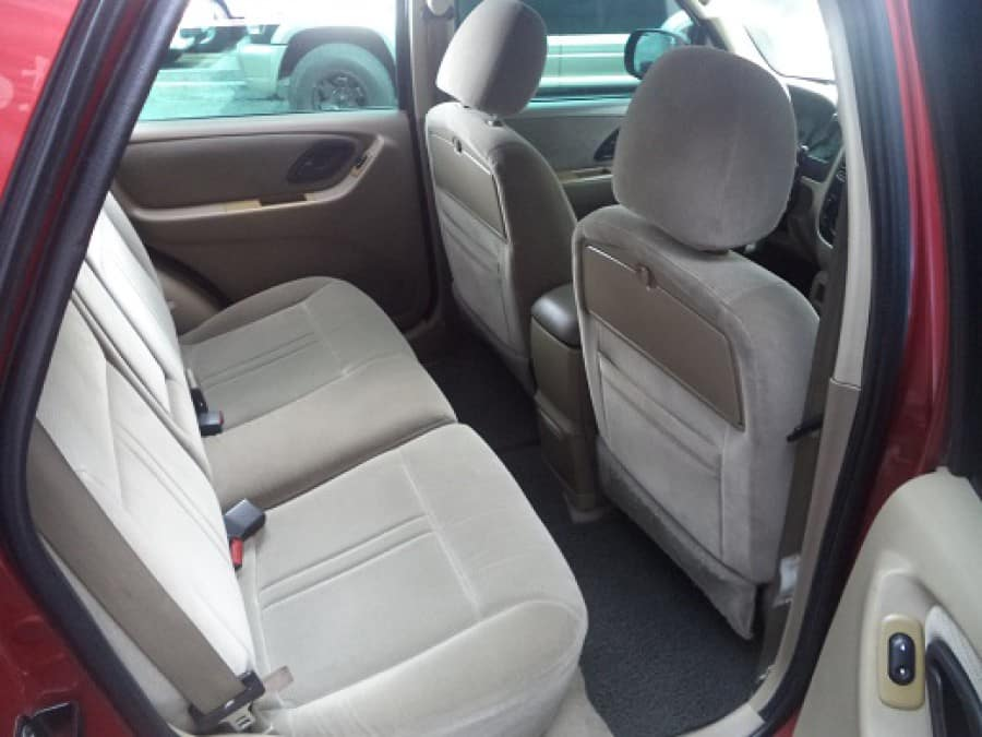 2004 Ford Escape - Interior Rear View