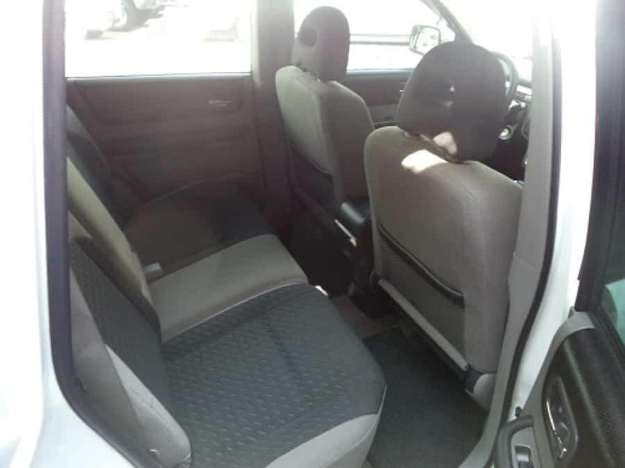 2009 Nissan X-Trail - Interior Rear View