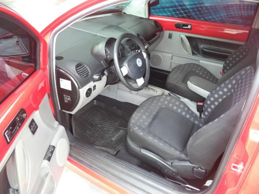 2000 Volkswagen Beetle - Interior Front View
