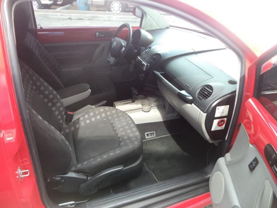 2000 Volkswagen Beetle - Interior Rear View